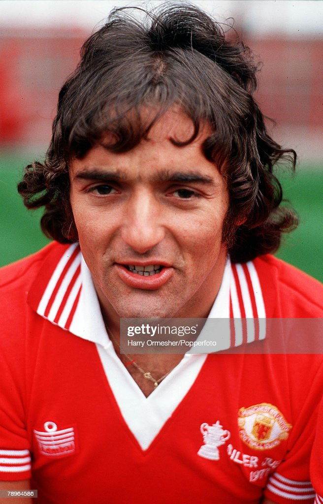 Football. Season 1977/8. Manchester United Photo-call. A portrait of Lou Macari. : News Photo
