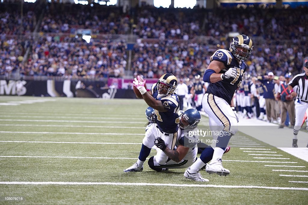 Seattle Seahawks v St. Louis Rams : News Photo