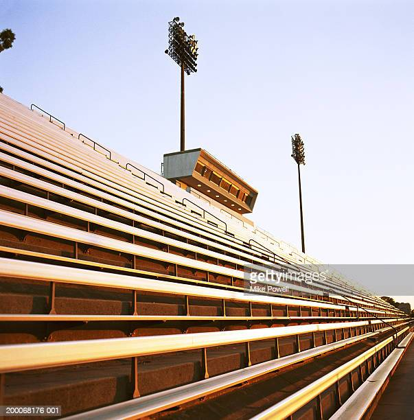 football stadium bleachers - empty bleachers stockfoto's en -beelden