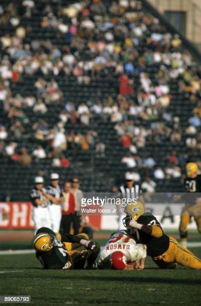 Super Bowl I: Kansas City Chiefs QB Len Dawson in action during sack by Green Bay Packers. Los Angeles, CA 1/15/1967 CREDIT: Walter Iooss Jr.