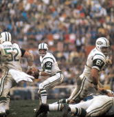 Football super bowl iii new york jets joe namath in action vs colts picture id81801816?s=170x170