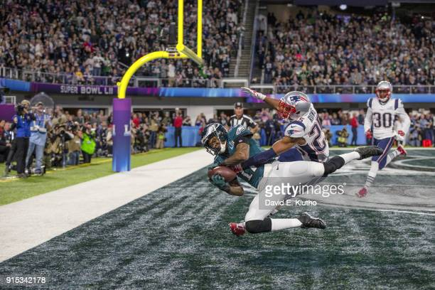 Super Bowl LII Philadelphia Eagles Alshon Jeffery in action making touchdown catch vs New England Patriots Eric Rowe at US Bank Stadium Minneapolis...