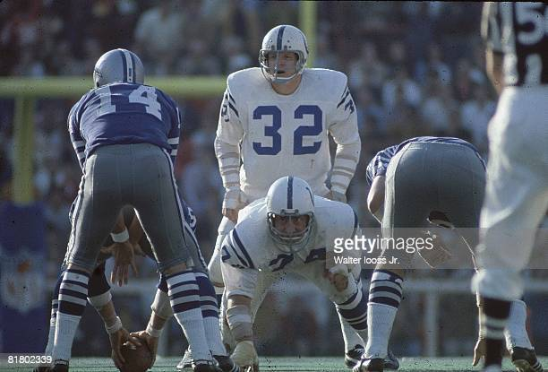 Football Super Bowl V Baltimore Colts Mike Curtis at line of scrimmage before snap during game vs Dallas Cowboys QB Craig Morton Miami FL 1/17/1971