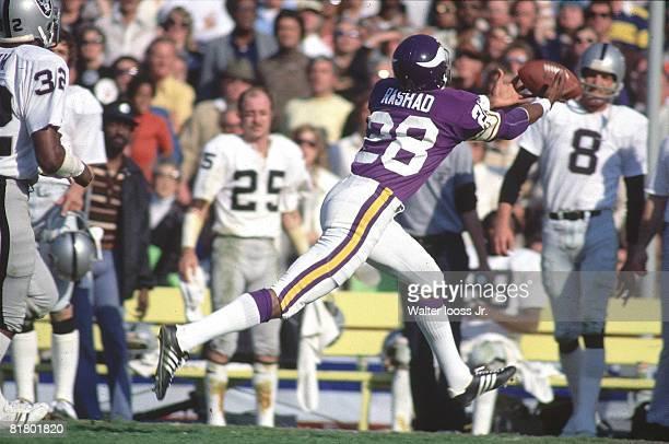 Football Super Bowl XI Minnesota Vikings Ahmad Rashad in action making catch vs Oakland Raiders Pasadena CA 1/9/1977