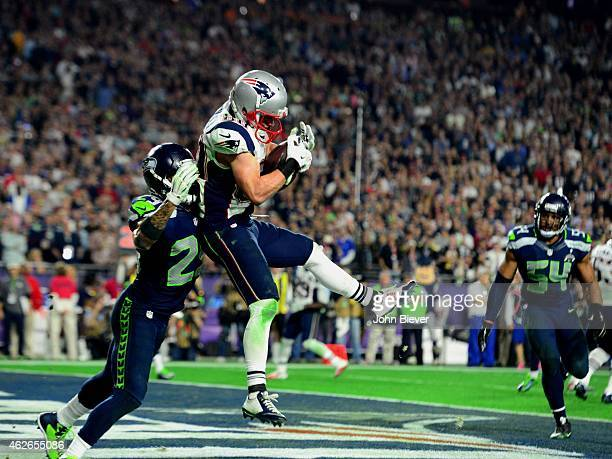 Super Bowl XLIX New England Patriots Danny Amendola in action 4yard touchdown catch vs Seattle Seahawks Earl Thomas during 4th quarter at University...