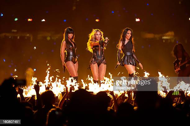 Super Bowl XLVII Celebrity singers Destiny's Child Kelly Rowland Beyonce Knowles and Michelle Williams performing during halftime show during...