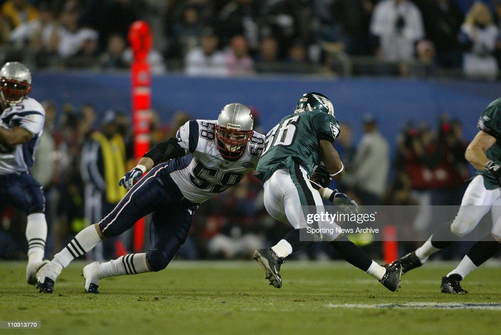 https://media.gettyimages.com/photos/football-super-bowl-xxxix-philadelphia-eagles-brian-westbrook-against-picture-id110313770?k=6&m=110313770&s=612x612&w=0&h=dI8c9tCSmN9bWdXxBpVaPjjr5__N_RUEKUSs-hpt4MQ=