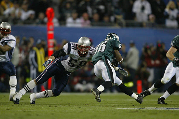 https://media.gettyimages.com/photos/football-super-bowl-xxxix-philadelphia-eagles-brian-westbrook-against-picture-id110313770?k=6&m=110313770&s=612x612&w=0&h=dI8c9tCSmN9bWdXxBpVaPjjr5__N_RUEKUSs-hpt4MQ=