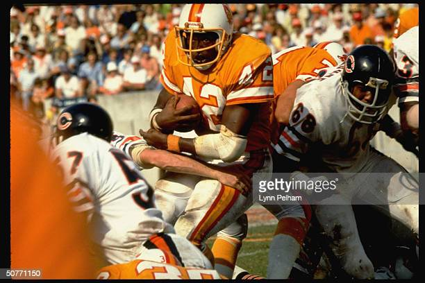 Tampa Bay Buccanneers Ricky Bell in action rushing vs Chicago Bears