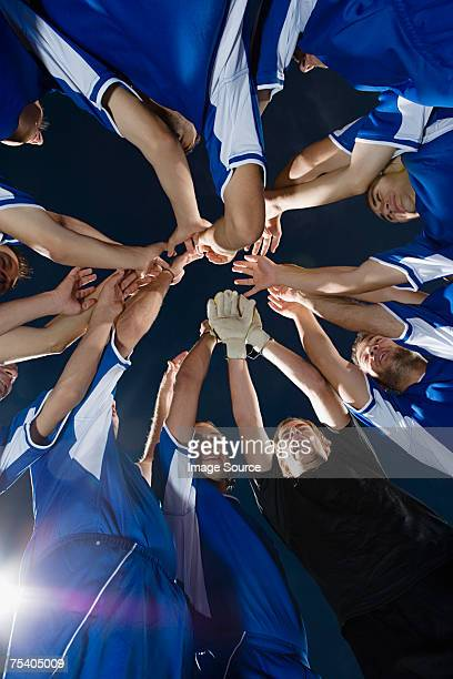 football team cheering - team sport stock pictures, royalty-free photos & images