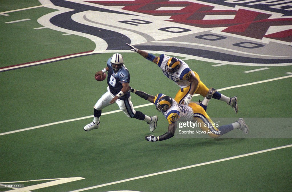 2000 Super Bowl XXXIV  - St. Louis Rams over Tennessee Titans 23-16 : News Photo