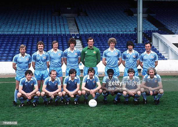 Football The 1981 FA Cup Final Manchester City squad pose for a team group photograph