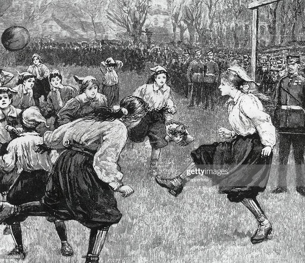 Football. The British Ladies Football Club, first played in 1895 : News Photo