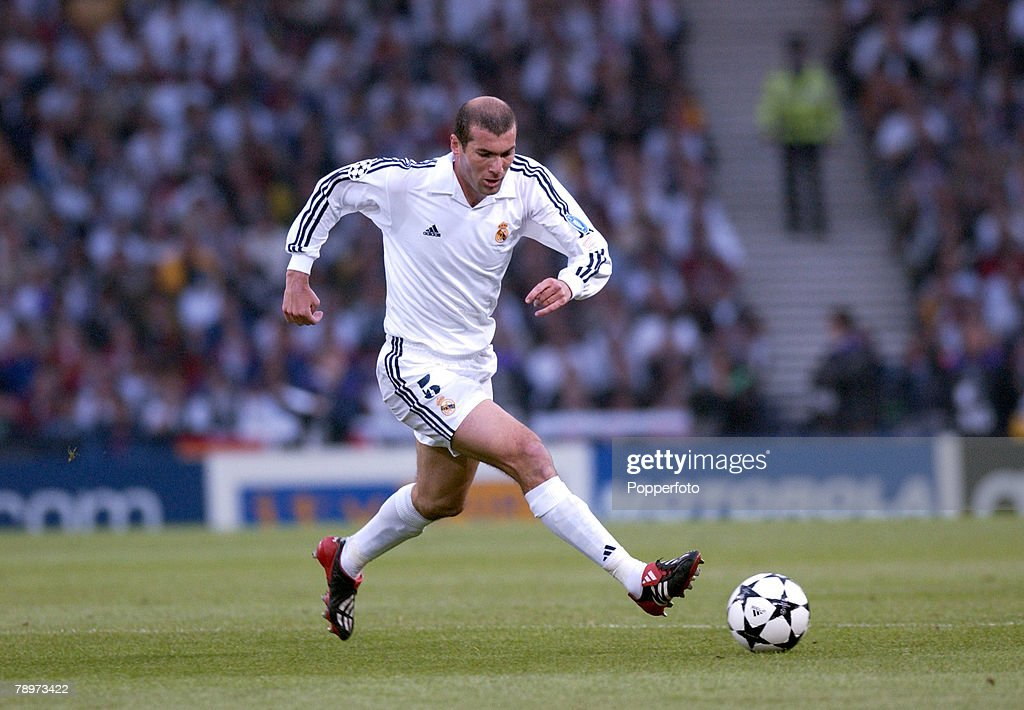 PF Football. UEFA Champions League Final. Hampden Park, Glasgow. 15th May 2002. Real Madrid 2 v Bayer Leverkusen 1. Zinedine Zidane, Real Madrid. : News Photo