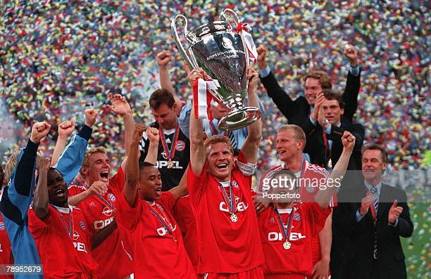 Football UEFA Champions League Final Milan Italy 23rd May 2001 Bayern Munich 1 v Valencia 1 Bayern Munich captain Stefan Effenberg holds the European...