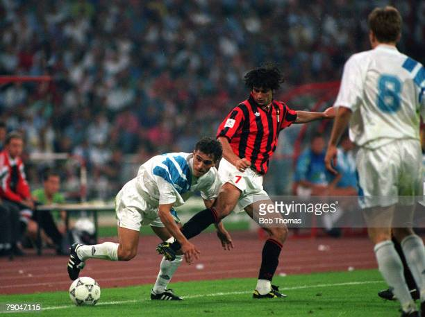 Football UEFA Champions League Final Munich Germany 26th May 1993 Marseille 1 v AC Milan 0 Marseille's JeanJacques Eydelie tangles with AC Milan's...