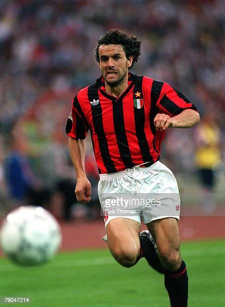 Football UEFA Champions League Final Munich Germany 26th May 1993 Marseille 1 v AC Milan 0 AC Milan's Roberto Donadoni