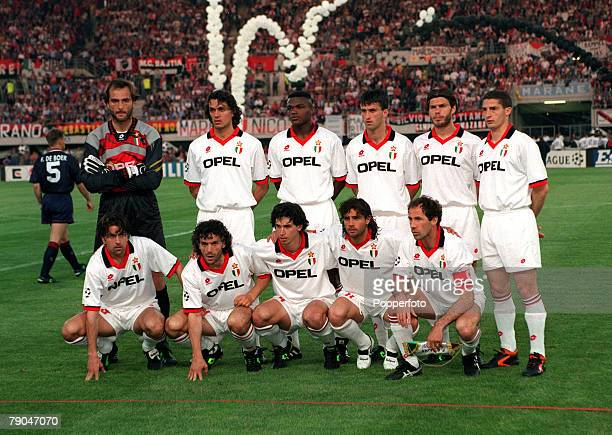 Football UEFA Champions League Final Vienna Austria 24th May 1995 Ajax 1 v AC Milan 0 The AC Milan team line up together prior to the match Back Row...