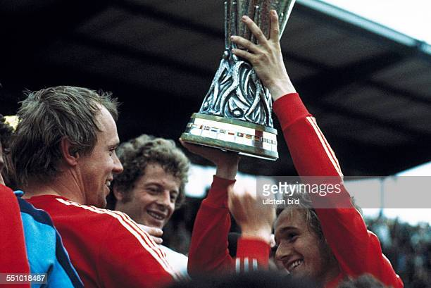 football UEFA Cup Europa League 1974/1975 final return leg Diekman Stadium FC Twente Enschede versus Borussia Moenchengladbach 15 Gladbach is UEFA...