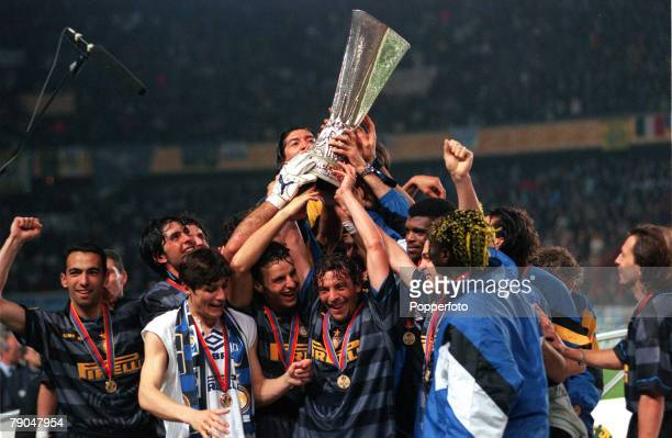 Football UEFA Cup Final Paris France 6th May 1998 Inter Milan 3 v Lazio 0 The victorious Inter Milan players celebrate with the trophy
