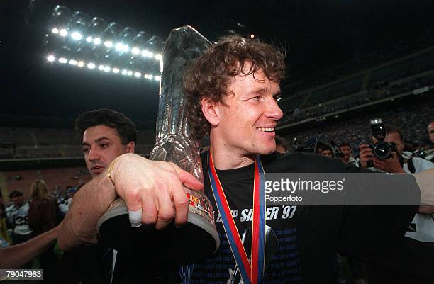 Football UEFA Cup Final Second Leg Milan Italy 21st May 1997 Inter Milan 1 v Schalke 04 0 Schalke goalkeeper Jens Lehmann holds the trophy during...