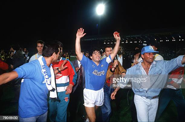Football, UEFA Cup Final, Second Leg, Naples, Italy, 17th May 1989, Napoli 2 v VfB Stuttgart 1 , Napoli captain Diego Maradona celebrates with...