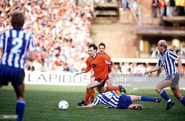 Football UEFA Cup Final Second Leg Tannadice Park Scotland 20th May 1987 Dundee United 1 v IFK Gothenburg 1 Dundee United's Maurice Malpas evades a...