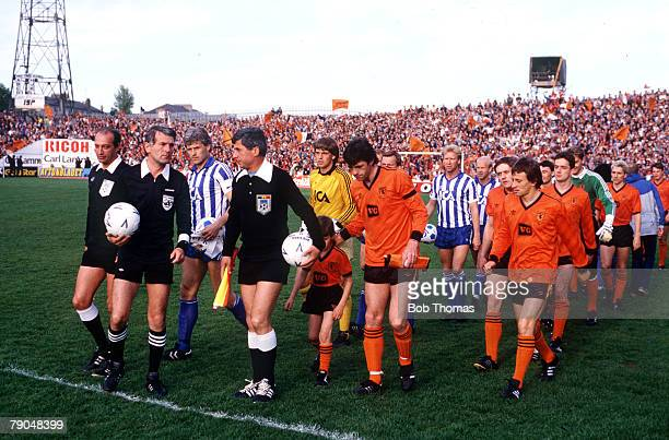 Football UEFA Cup Final Second Leg Tannadice Park Scotland 20th May 1987 Dundee United 1 v IFK Gothenburg 1 The two sides headed by the match...