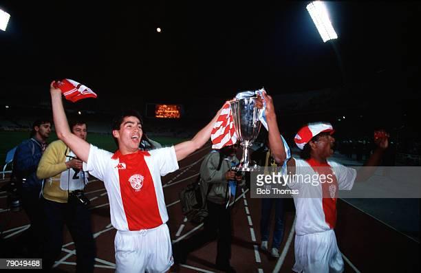 Football, UEFA Cup Winners Cup Final, Athens, Greece, 15th May 1987, Ajax Amsterdam 1 v Lokomotiv Leipzig 0, Ajax's Sonny Silooy and Aron Winter hold...