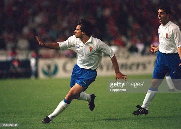 Football, UEFA Cup Winners Cup Final, Paris, France, 10th May 1995, Arsenal 1 v Real Zaragoza 2 , Real Zaragoza's Juan Esnaider celebrates after...