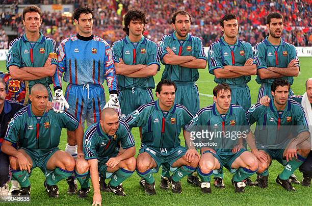 Football UEFA Cup Winners Cup Final Rotterdam Holland 14th May 1997 Barcelona 1 v Paris St Germain 0 The Barcelona team lineup together for a group...