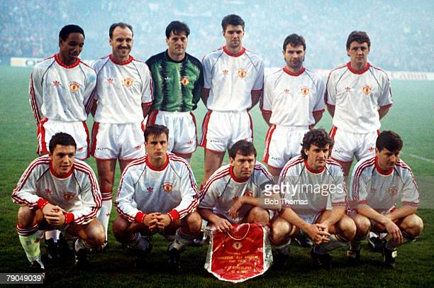 Football, UEFA Cup Winners Cup Final, Rotterdam, Holland, 15th May 1991, Manchester United 2 v Barcelona 1, The Manchester United team pose together...