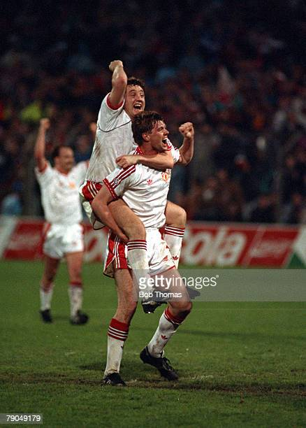 Football UEFA Cup Winners Cup Final Rotterdam Holland 15th May 1991 Manchester United 2 v Barcelona 1 Manchester United goalscorer Steve Bruce...