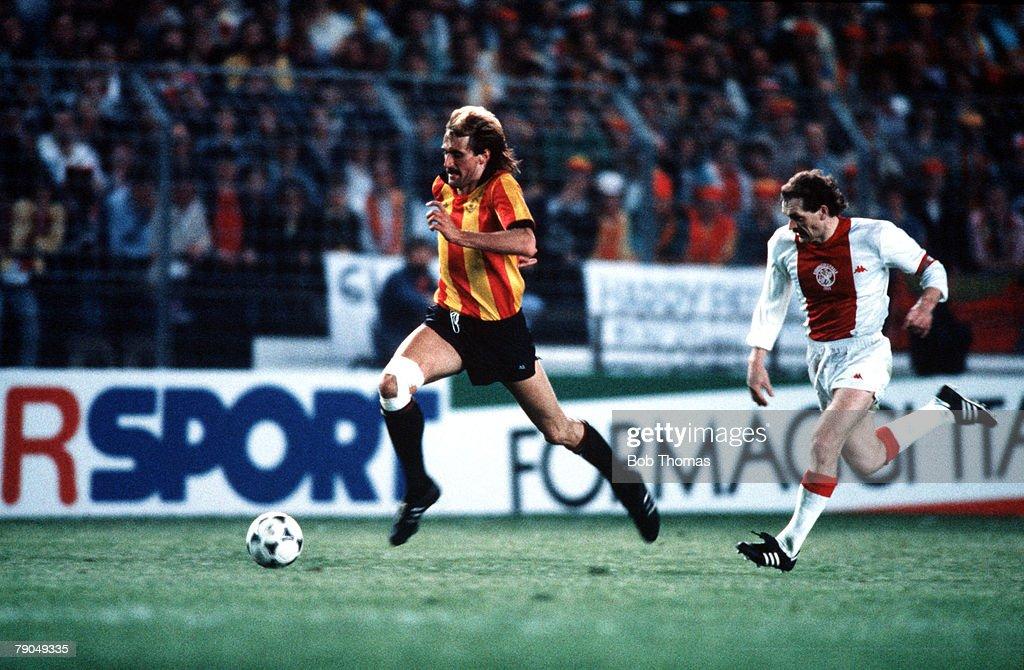 Football. UEFA Cup Winners Cup Final. Strasbourg, France. 11th May 1988. Mechelen 1 v Ajax Amsterdam 0. Mechelen's winning goalscorer Pieter Den Boer is chased by Ajax's Jan Wouters. : News Photo