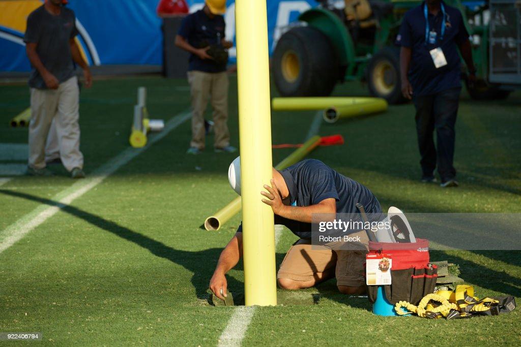 View of grounds crew installing goalpost before Los Angeles Chargers vs Philadelphia Eagles at StubHub Center. Robert Beck TK1 )