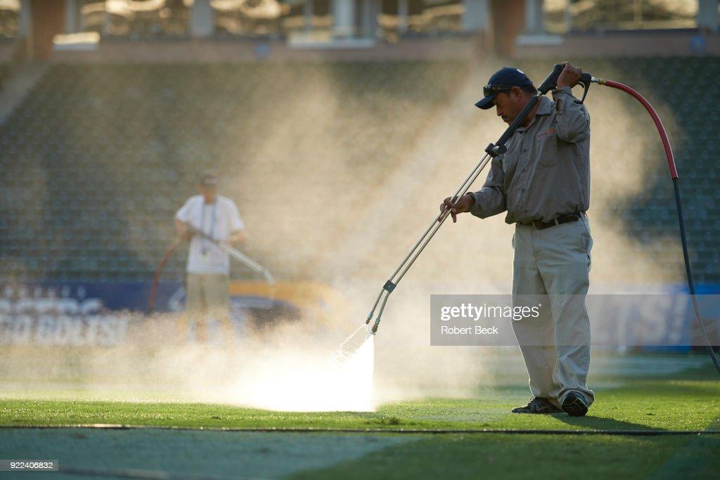 Los Angeles Chargers vs Philadelphia Eagles : News Photo