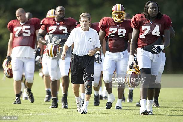 Washington Redskins offensive line coach Joe Bugel during training camp at Redskins Park Ashburn VA 8/1/2009 CREDIT Simon Bruty