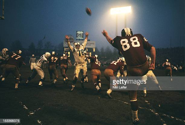 Washington Redskins Pat Richter in action punt vs Baltimore Colts at Memorial Stadium Baltimore MD CREDIT Neil Leifer