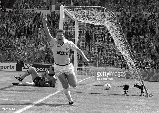 Football Wembley Stadium England FA Cup Final 16th May 1987 Coventry City 3 v Tottenham Hotspur 2 Spurs' Clive Allen celebrates after scoring his...