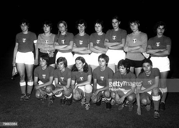Football Womens World Cup Final Turin Italy 15th July 1970 Italy v Denmark The Italian team who lost to Denmark pose for a group photograph before...
