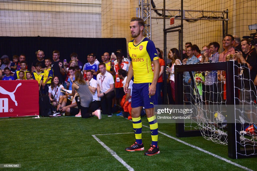 PUMA Partners With Arsenal Football Club To Debut Monumental Cannon In Grand Central Station : News Photo
