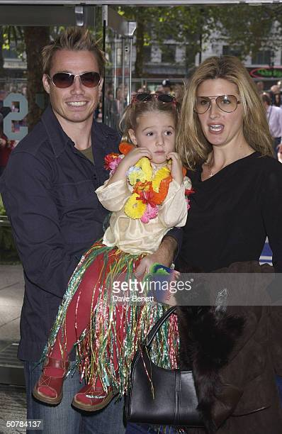Footballer Graham Le Saux with his family at the UK premiere of Disney's 'Lilo and Stitch' held at the Odeon Leicester Square on 28th September 2002...