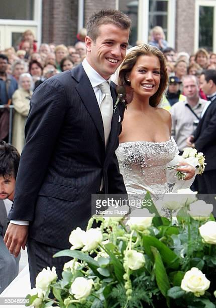 Footballer, Rafael van der Vaart and Sylvie Meiss during their wedding ceremony on June 10, 2005 in Heemskerk, Netherlands.