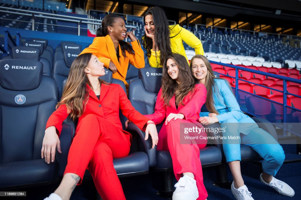 PSG Womens Football team, Paris Match Issue 3684, December 18, 2019 : News Photo