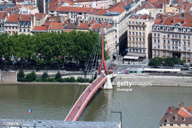 footbridge of the palace of justice in lyon - gwengoat stock pictures, royalty-free photos & images