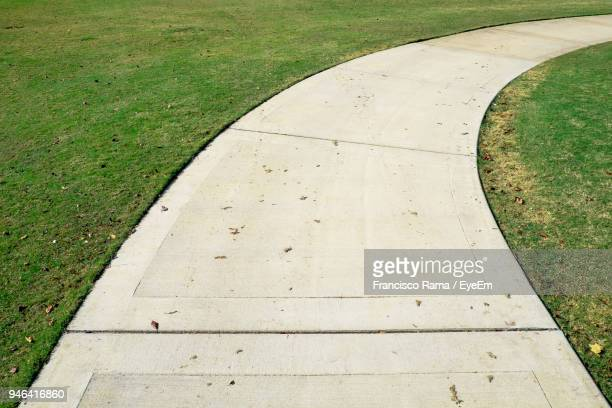 footpath amidst field - chattanooga stock pictures, royalty-free photos & images