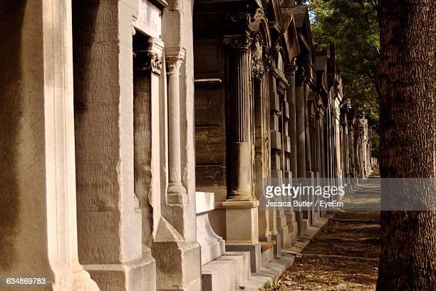 Footpath By Pere Lachaise Cemetery