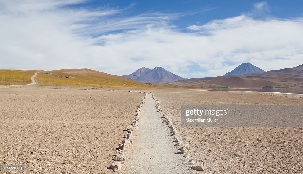 Footpath, Laguna Miscanti, San Pedro de Atacama : Stock Photo