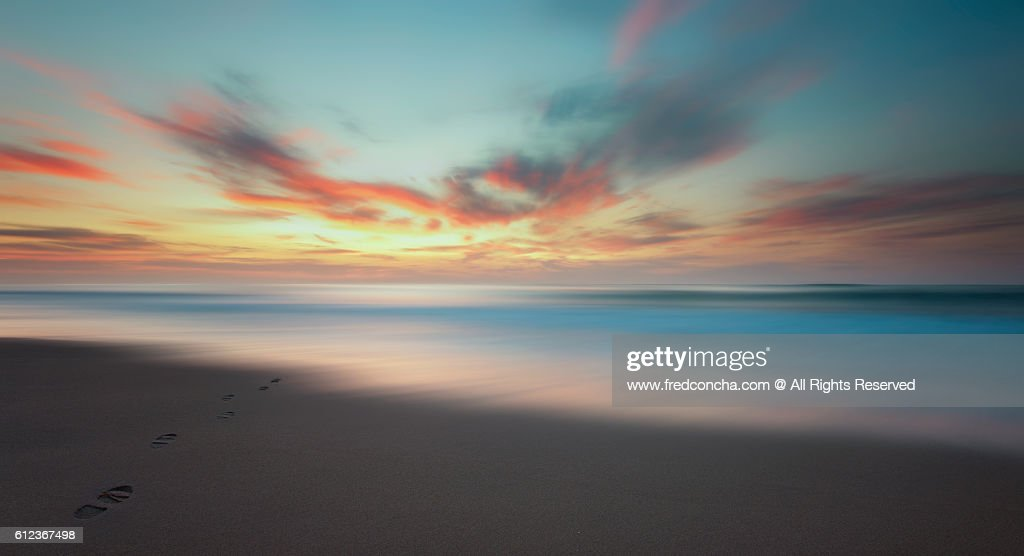 Footprints for Sunset : Stock Photo