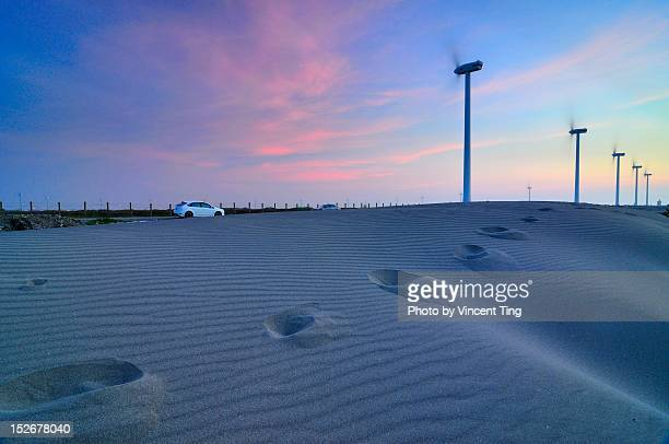 footprints - american style windmill stock pictures, royalty-free photos & images